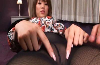 Kaera Uehara Japanese model in sexy black stockings gets a cock ride
