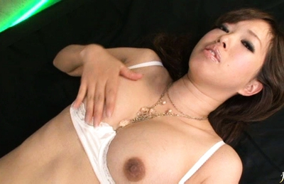 Emiri Senoo Asian beauty in sexy white lingerie gets a hard fucking