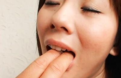 Yuma Asami Hot Asian doll gives an amazing blowjob