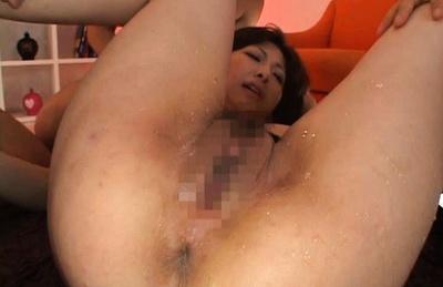 Harumi Asano Asian model gets loads of cum in her pussy