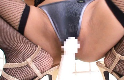 Akina Naughty Asian model buries a dildo in her cunt