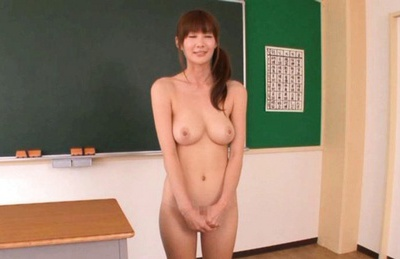 Erika Kirihara Asian model gives a double blowjob