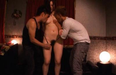 Alice Ozawa enjoy two cocks