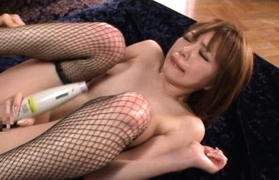 Skinny hottie Rika Aiuchi loves having sex with two guys