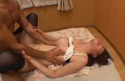 Naughty Asian gal goes for a cock ride