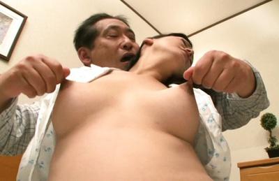 Fingering session with mature Asian babe Ayumi Takanashi