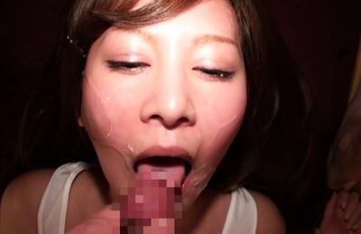 Aikawa Yukino enjoying warm cream up her mouth