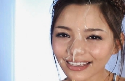 Tina Yuzuki Asian model gives a hot blowjob