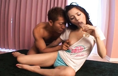 Tina Yuzuki Asian model gets her pussy fingered and takes a cock ride