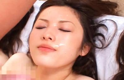 Japanese AV models enjoy a dirty sex orgy