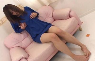 Lemon Momosaki Asian model gets her perfect tits fondled