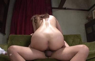 Busty milf Yuka Kitsu enjoys kissing an spreads her legs for deep fucking